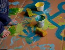 Il colore è un mezzo di esercitare sull'anima un'influenza diretta. Il colore è un tasto, l'occhio il martelletto che lo colpisce, l'anima lo strumento dalle mille corde